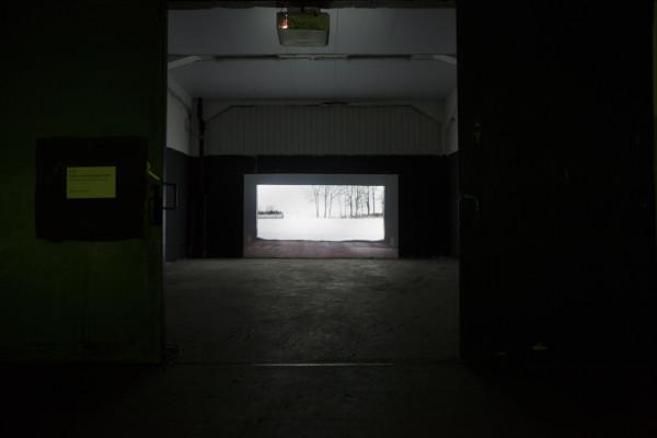 Astrid van Nimwegen (NL) Garagedoors (serie van vier 2013) Foto Ilona vd Brekel